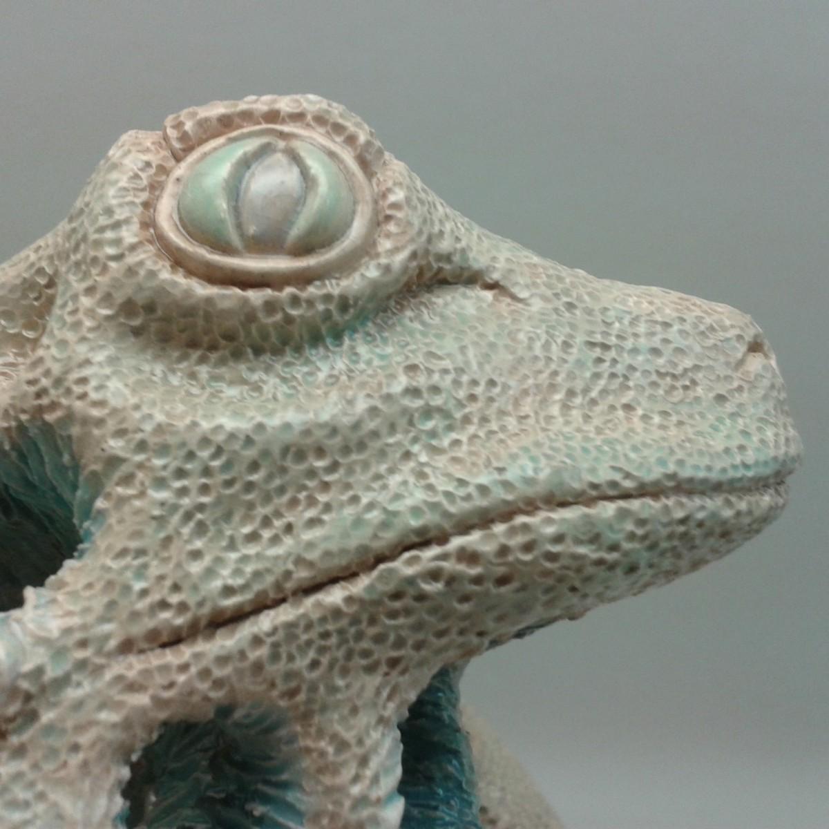 detail head